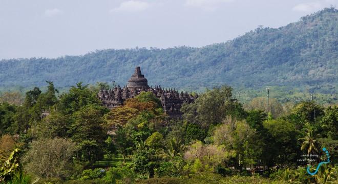 Borobudur nhìn từ chòi quan sát